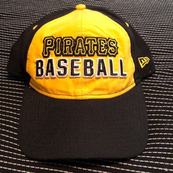 PINK Victoria's Secret Accessories - VS PINK Pittsburgh Pirates Baseball Hat